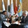 إجتماع الأمين العام بمساعده فى مقر الأمانة العامة ببيروت